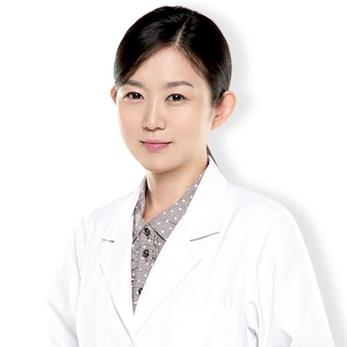 ィ・ジヨン 大韓民国 皮膚科専門医